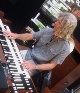 Emmanuel Colmard : Orgue Hammond